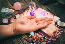 How to Tell If Psychic Readings are Real?