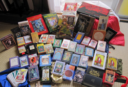 What are the Popular Tarot Decks?